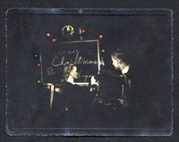 43 600 Dave & Virginia Card w lights